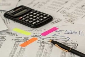 """מיסים על השקעות נדל""""ן"""